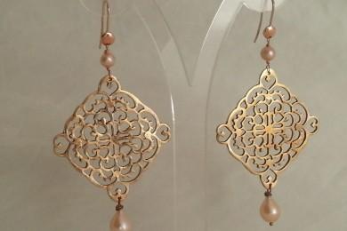 Earrings bronze clay & pearl